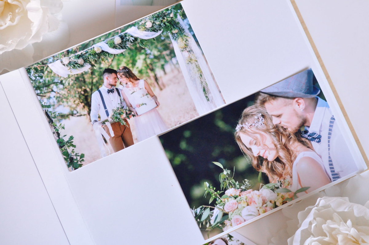 Fotoalbums koka vākos ROZES