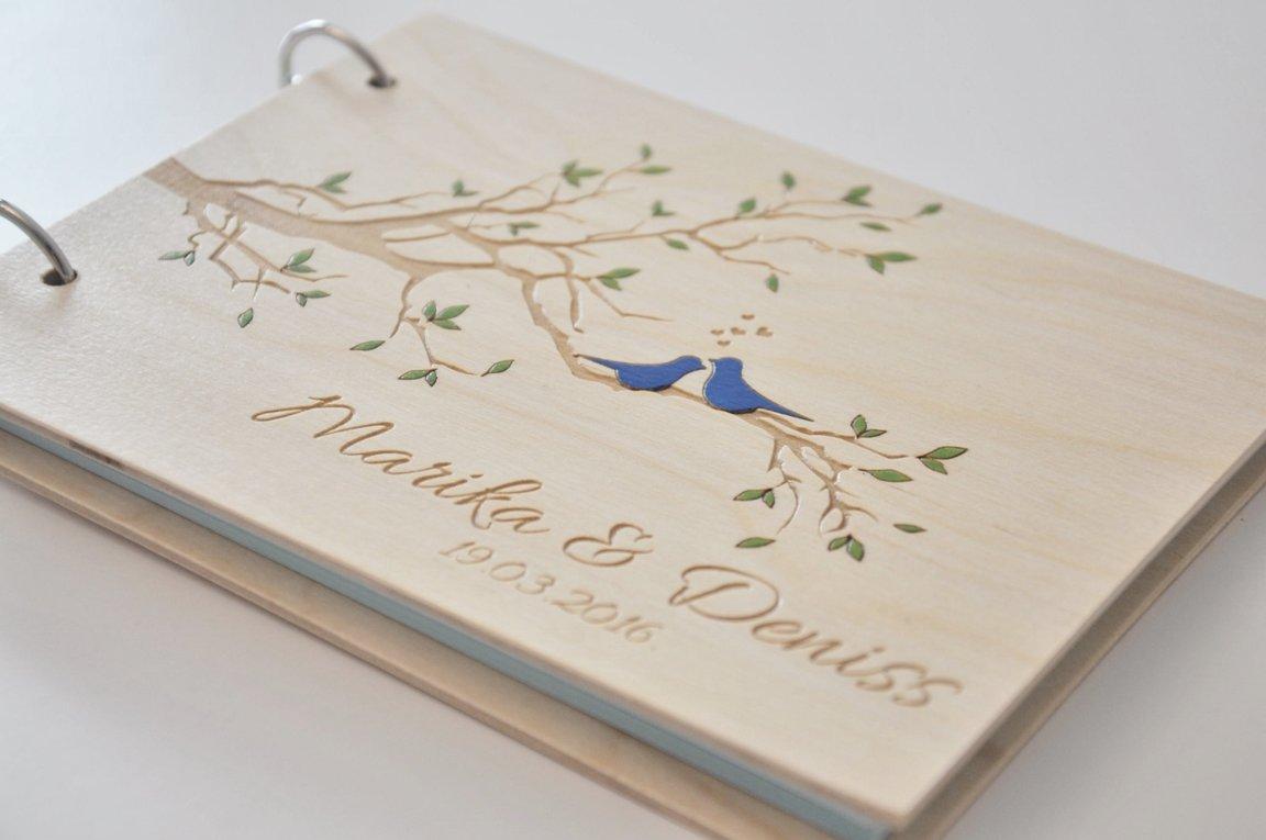 viesu grāmata koka vākos DŪJAS